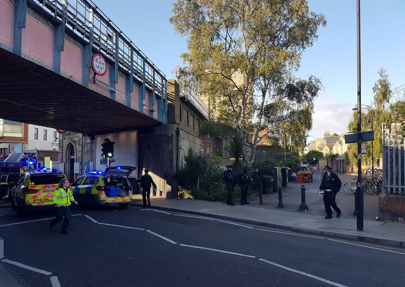 British Police Search Home After Arresting Suspect In London Subway Bombing