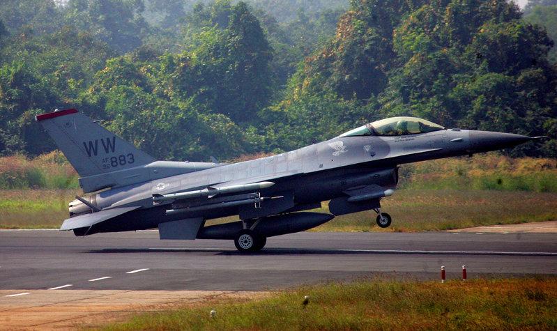 FILE PHOTO: US F-16 aircraft makes landing during joint India-US air force exercises at Kalaikunda Airbase