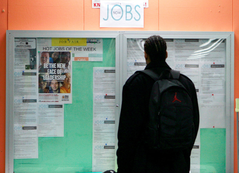 US Weekly Jobless Claims Unexpectedly Decline