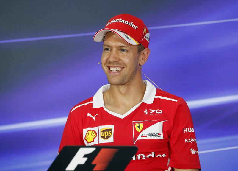 2017 09 29T095553Z 1 LYNXNPED8S0NB RTROPTP 0 MOTOR F1 MALAYSIA 1 - Motor racing: Vettel leads Raikkonen in Malaysian GP practice