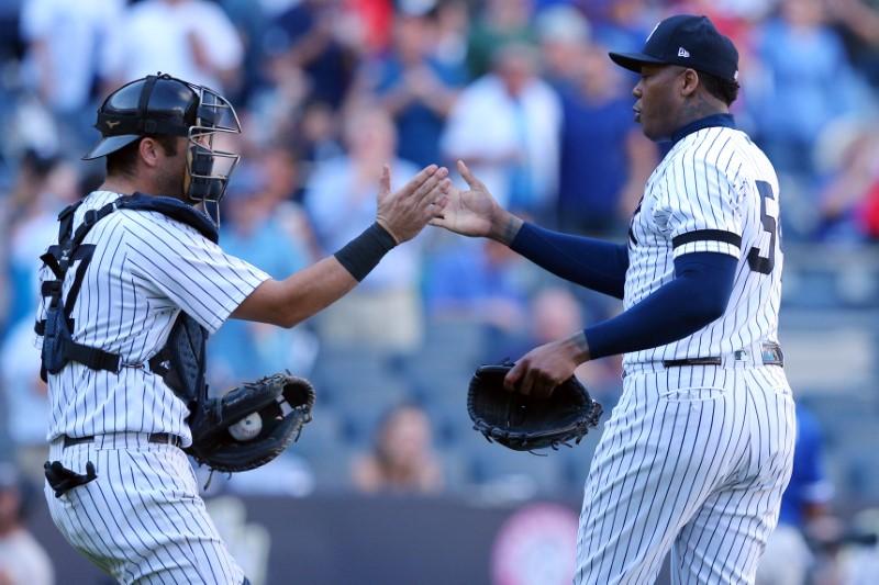 2017 10 02T030904Z 1 LYNXNPED91059 RTROPTP 0 BASEBALL MLB NYY TOR 1 - Yankees host Twins as MLB playoffs begin
