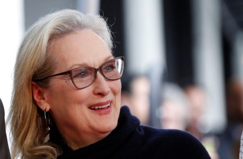 2017 10 09T152350Z 1 LYNXMPED9815D RTROPTP 0 PEOPLE VIOLADAVIS STAR 1 - Streep, Judi Dench slam Weinstein over sexual harassment claims