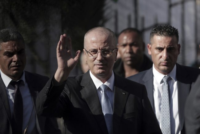 Palestinian PM arrives in Gaza, first visit since 2015
