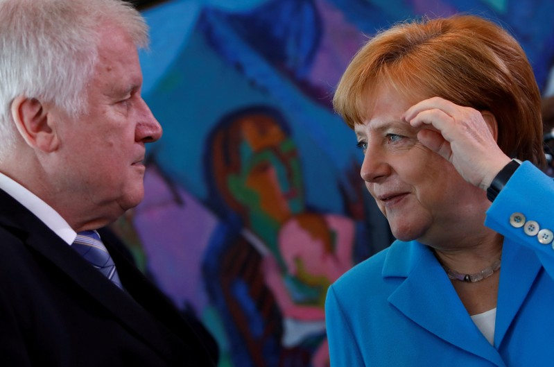 Merkel, Macron to talk European Union reform in shadow of migrant crisis