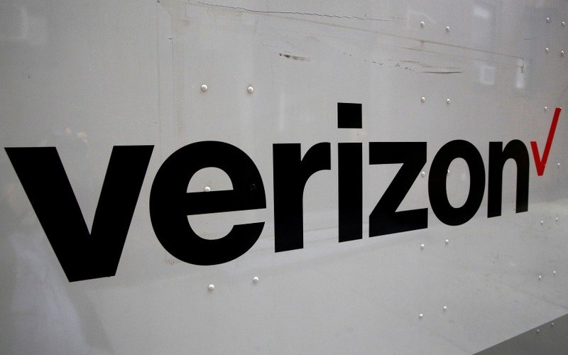 Verizon to end some sale of phone-location data