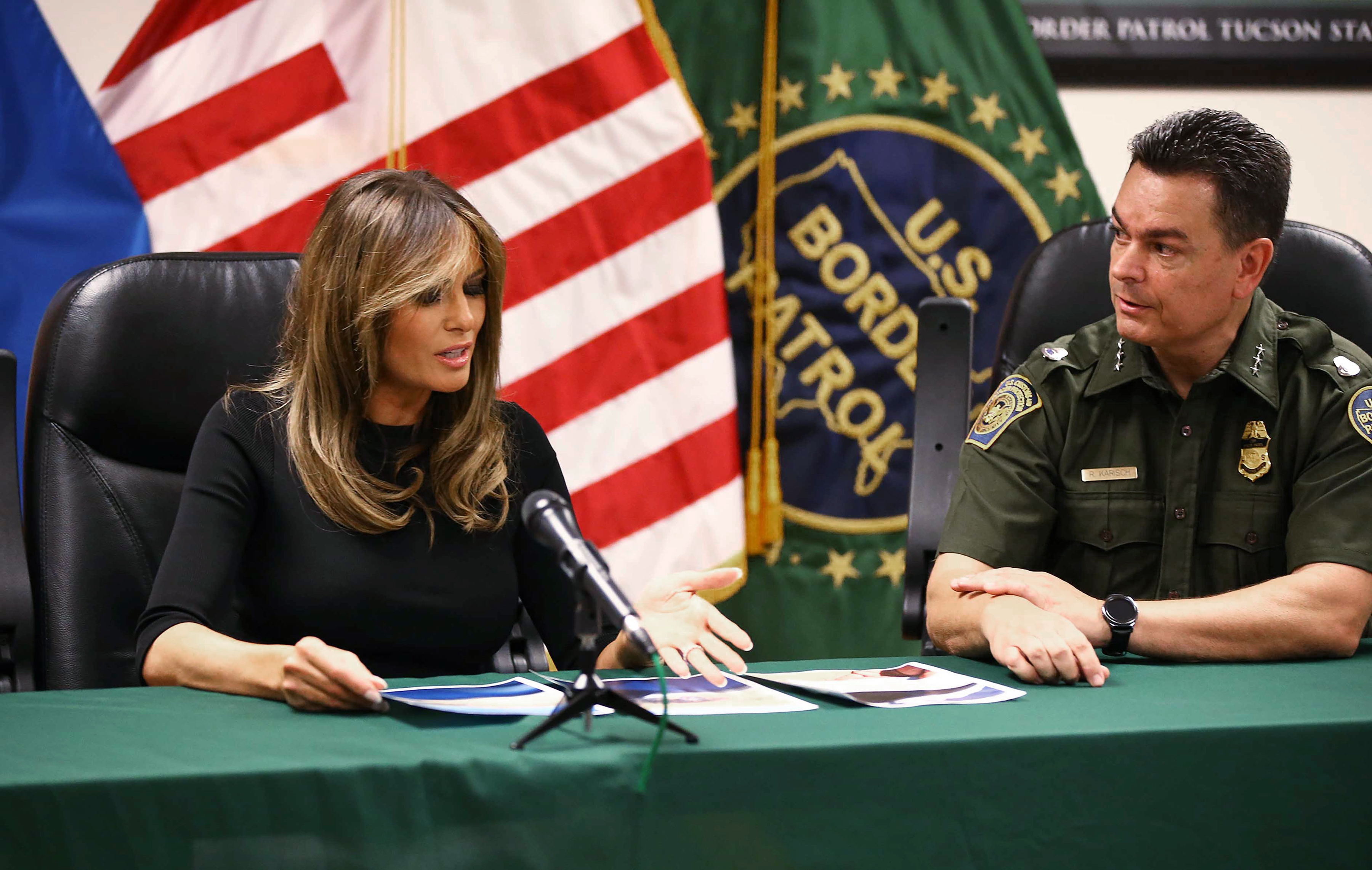 Jacket-less Melania visits border