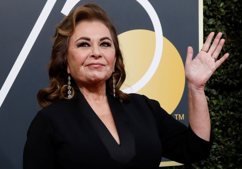 Roseanne apologizes directly to Valerie Jarrett, then mocks her looks on 'Hannity'