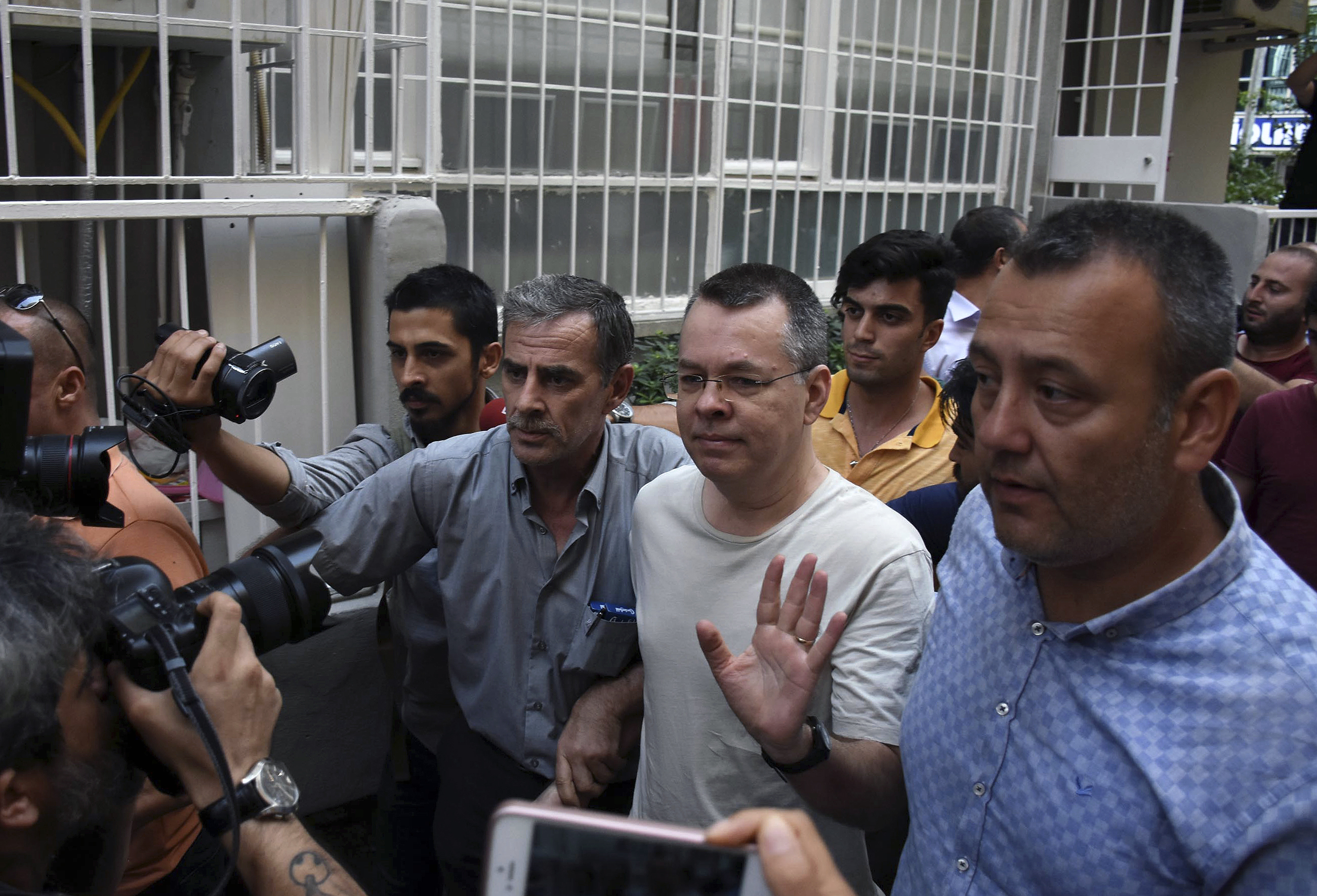 Turkey Says The US Should Reconsider Possible Sanctions Over Detained Pastor