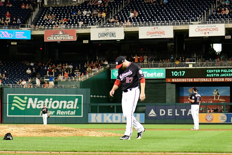 Nats reliever Shawn Kelley sent down after glove slam