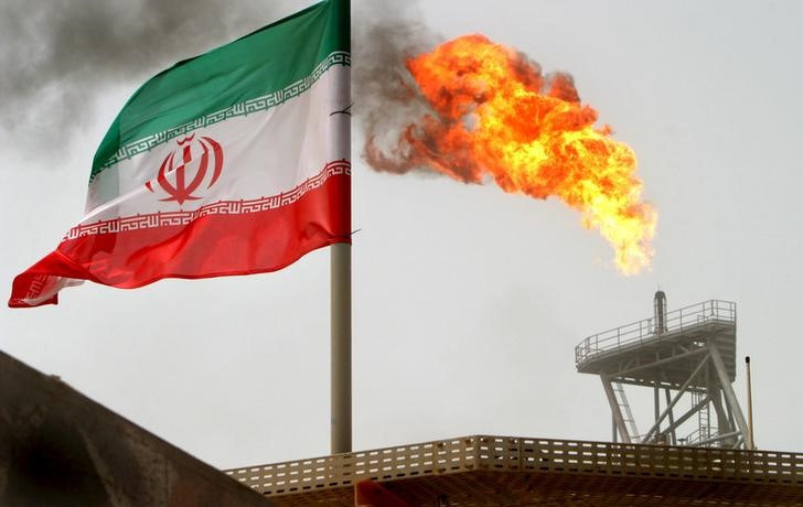 Iran oil minister: Frances oil giant Total pulls out if Iran