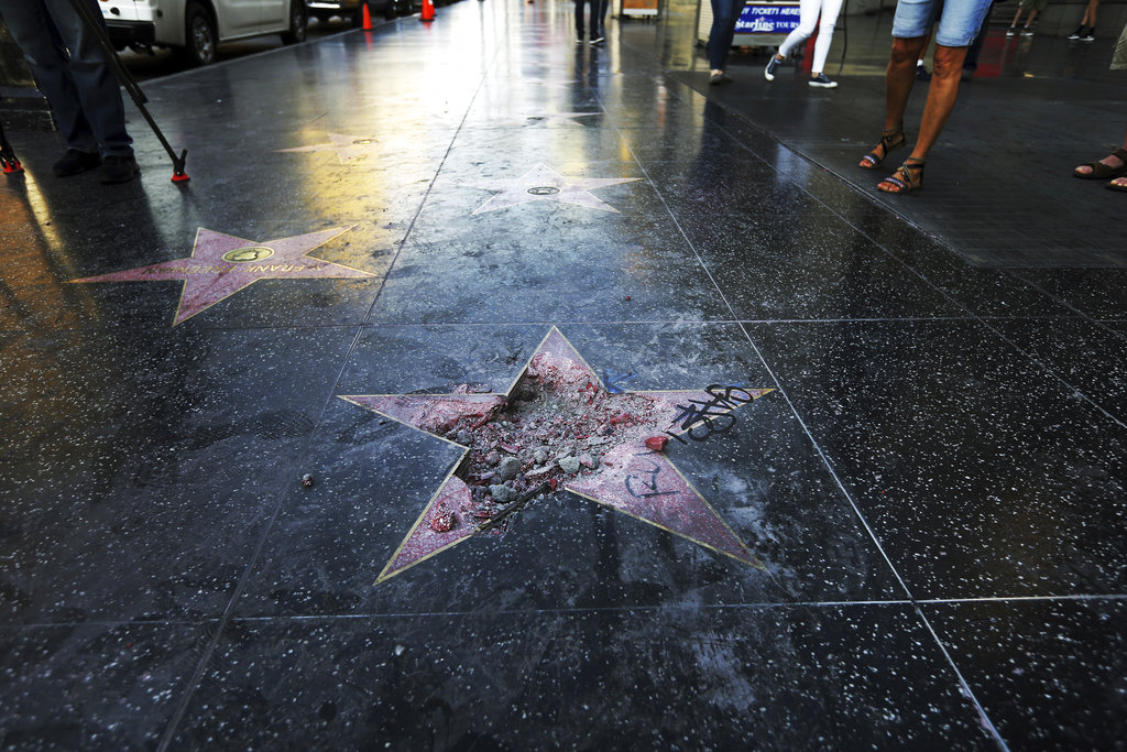 Fake Donald Trump stars pop up on Hollywood Walk of Fame