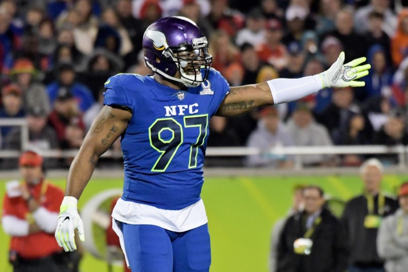 Everson Griffen tried to break into teammate's house, escaped ambulance