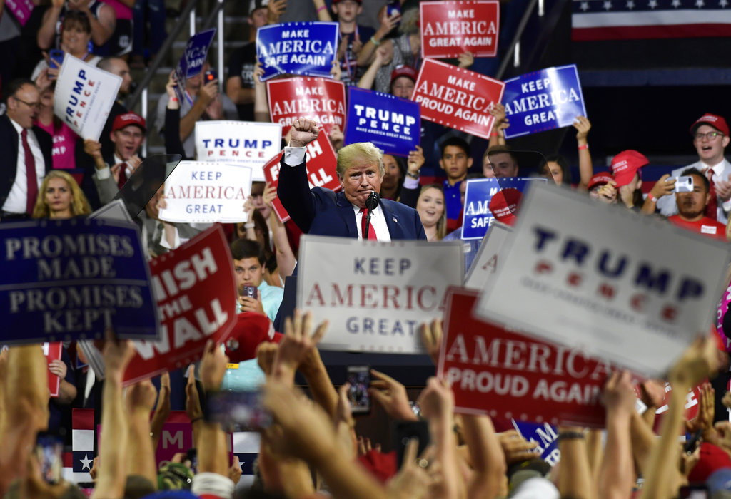 President Trump fires up supporters, rips Minnesota Democrats at Rochester rally