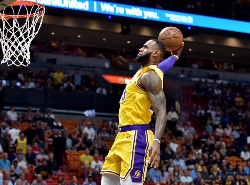 NBA:迈阿密热火队的洛杉矶湖人队