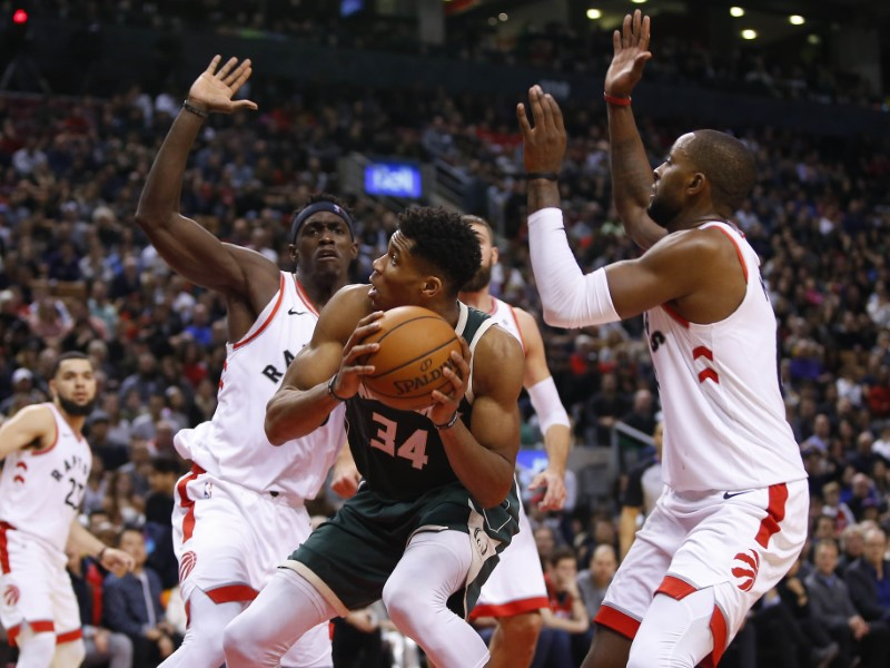 Milwaukee Bucks vs. Toronto Raptors, 12/9/18 NBA Predictions & Odds