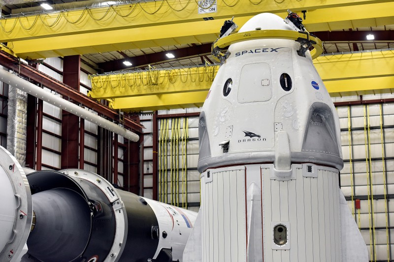 SpaceX says weather forces cancellation of launch of US satellite