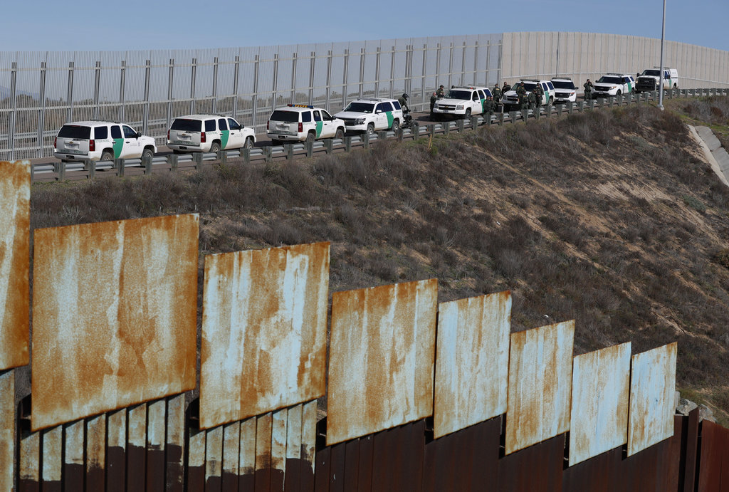Pentagon: US Army could fund, build sections of President Trump's border wall