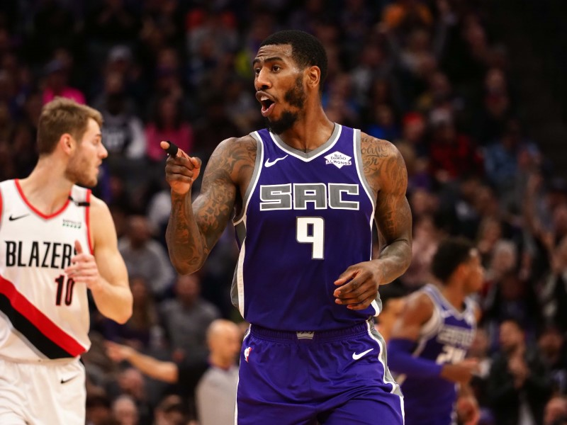 Iman Shumpert Stopped from Going into Trail Blazers' Locker Room