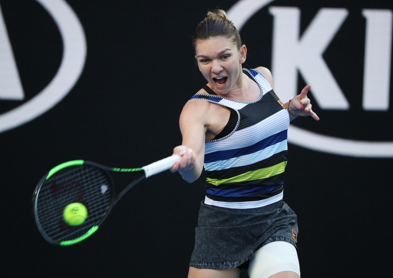 Australian Open Glance: Serena Williams vs. Halep in 4th Rd
