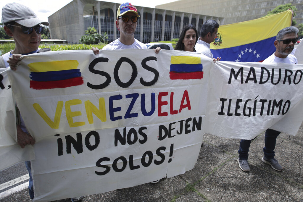 U.S. calls for 'new government' in Venezuela
