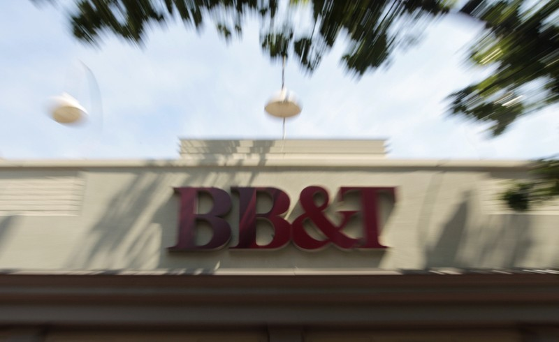Regional banks BB&T, SunTrust join to create $66B operator