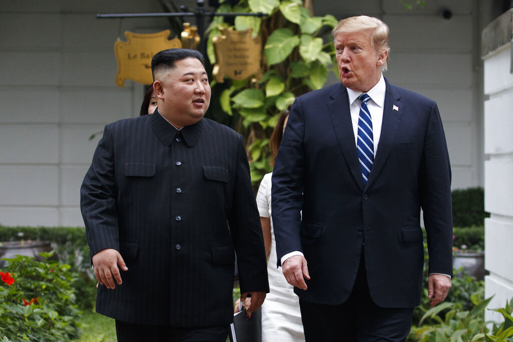 Pompeo says US to 're-engage' with DPRK's Kim