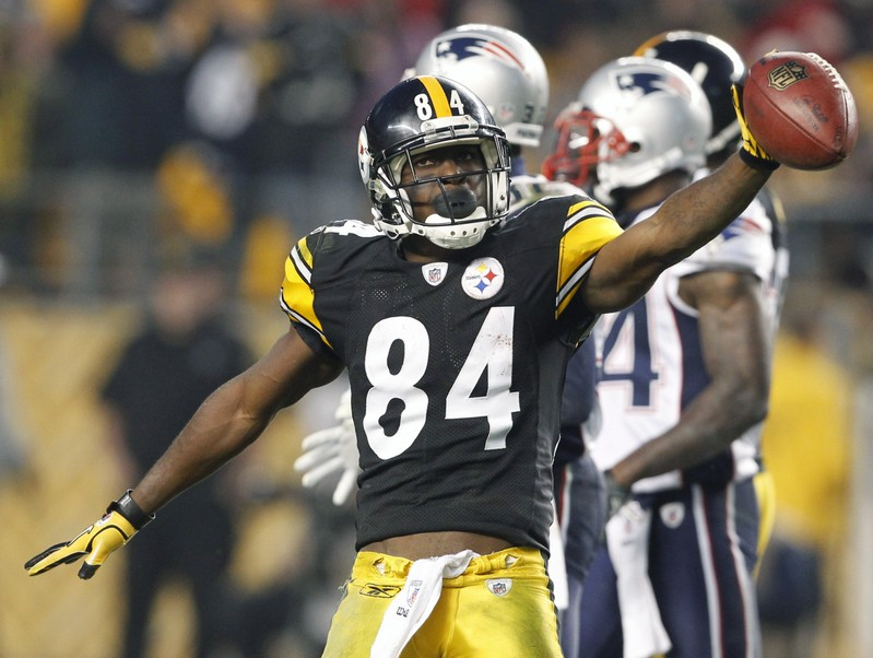 FILE PHOTO: Steelers Antonio Brown celebrates a first down against the New England Patriots in the third quarter of their NFL football game in Pittsburgh