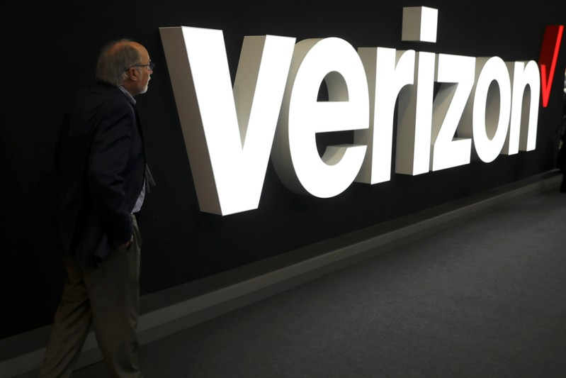 Verizon's 5G mobile service launches next month in Chicago and Minneapolis