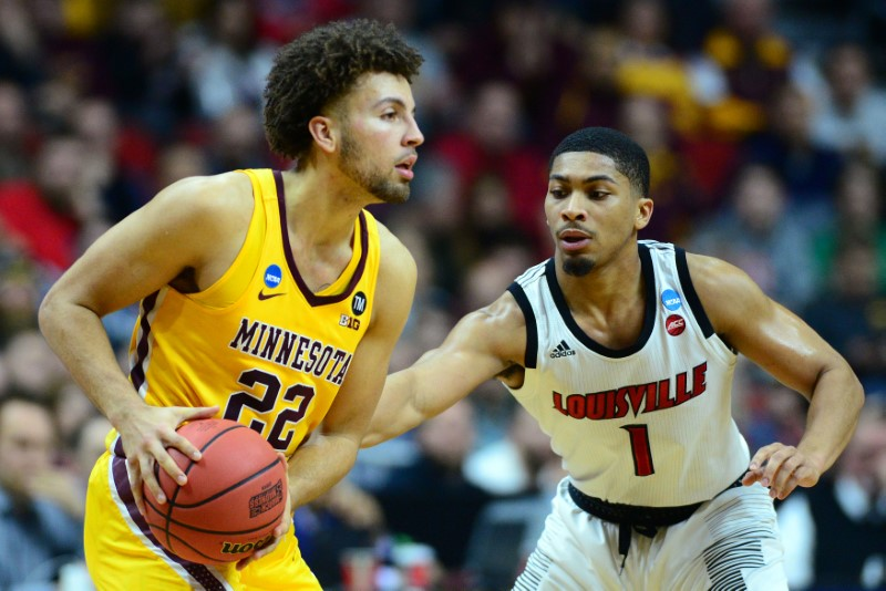 Kalscheur, Gophers knock off Louisville 86-76