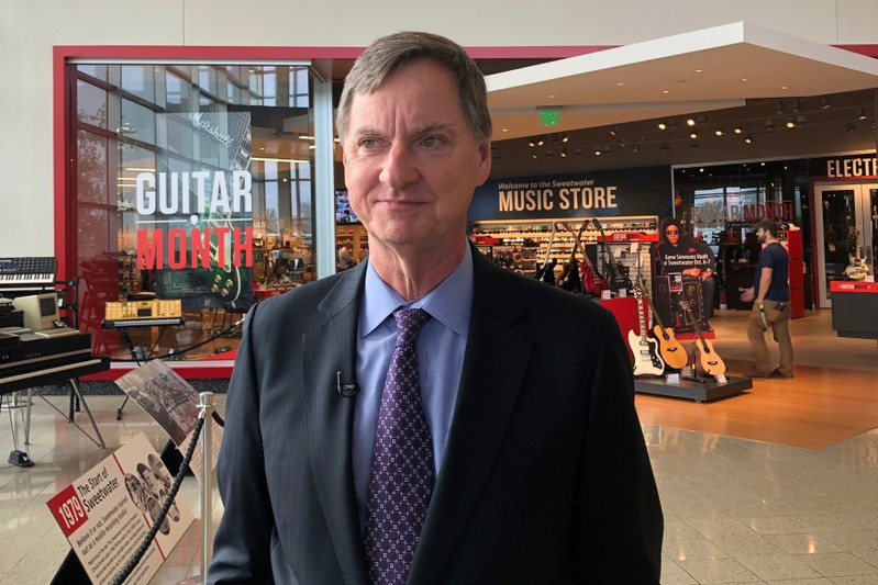 Chicago Federal Reserve Bank President Evans visits the online music retailer Sweetwater in Fort Wayne