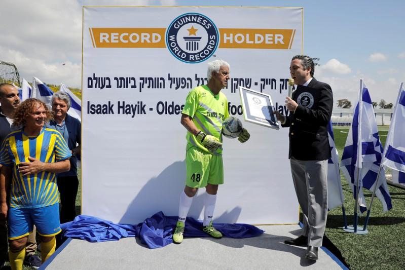 World record, Oldest profesional footballer, Isaak Hayik