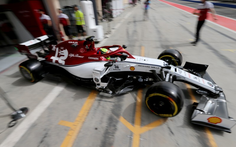 FILE PHOTO: Formula One F1 - Bahrain Testing