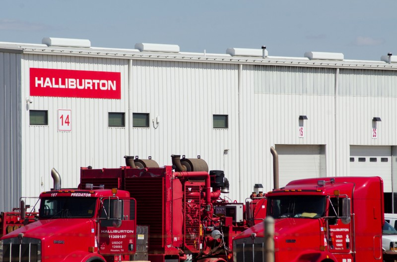 FILE FILE: In a Halliburton shipyard in Williston, an oil production plant is idle.