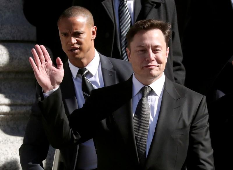 FILE PHOTO: Tesla CEO Elon Musk leaves Manhattan federal court