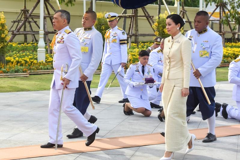 [2019-05-02T114959Z_1_LYNXNPEF410JV_RTROPTP_0_THAILAND-KING-CORONATION_13]