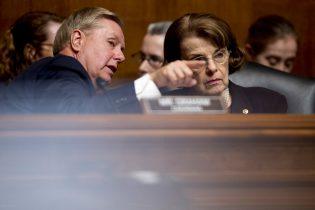 Senate Democrats request Mueller listening to