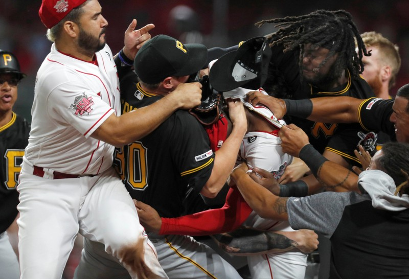 FILE PHOTO: MLB: Pittsburgh Pirates at Cincinnati Reds