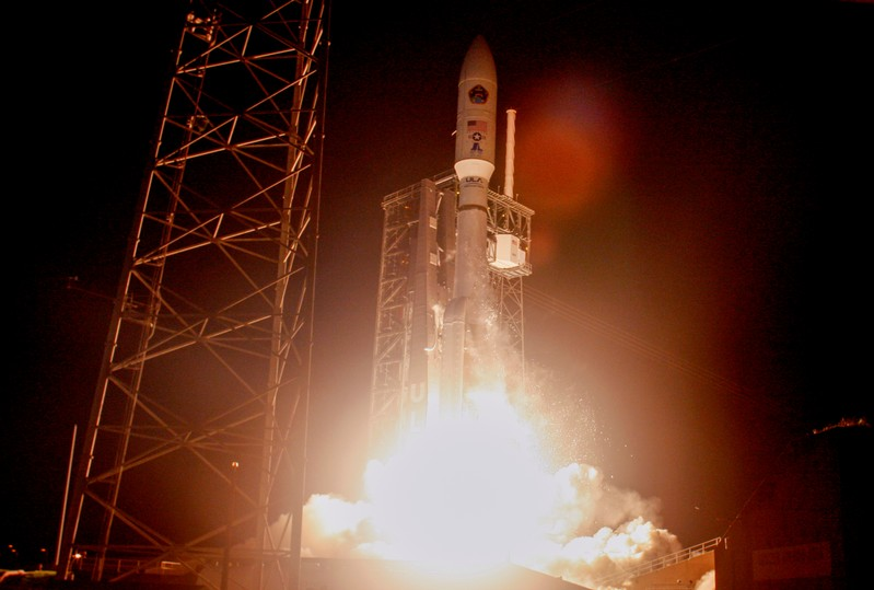 ULA Atlas V Lofts USAF Protected Comm Sat
