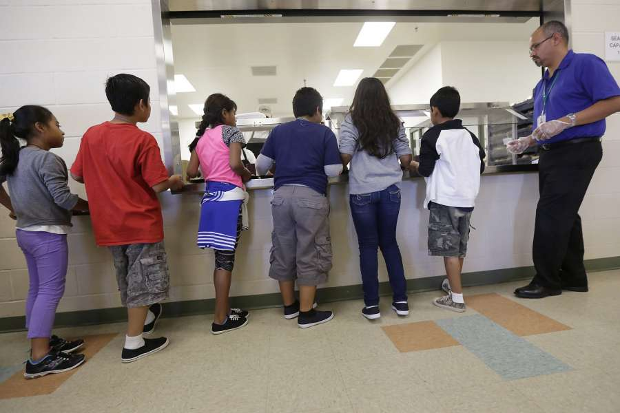 Report: WH considered blocking migrant children from