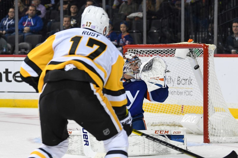 NHL: Pittsburgh Penguins at New York Islanders