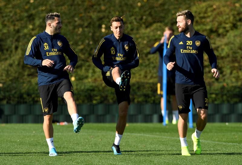 FILE PHOTO: Europa League - Arsenal Training