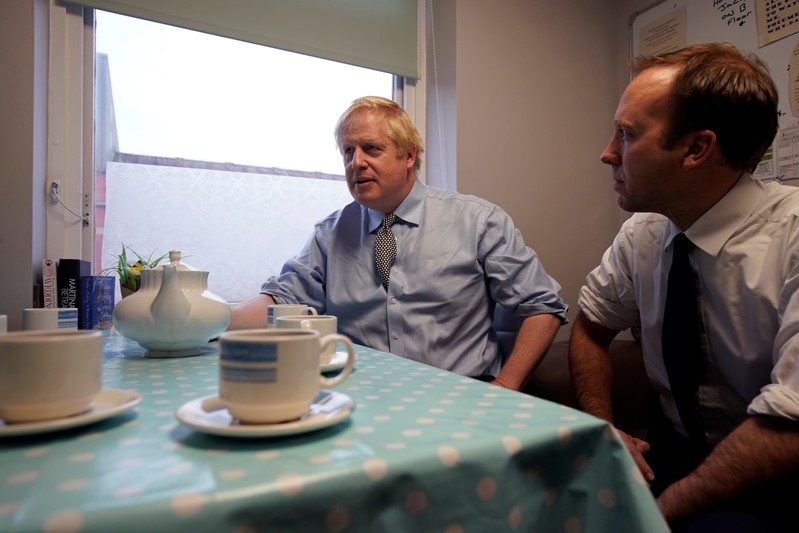 Boris Johnson says sorry for 'hurt' caused by Tory Islamophobia
