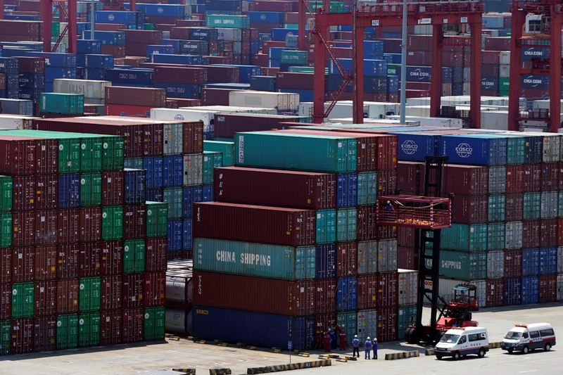 China's exports dropped 1.1% in November from a year earlier