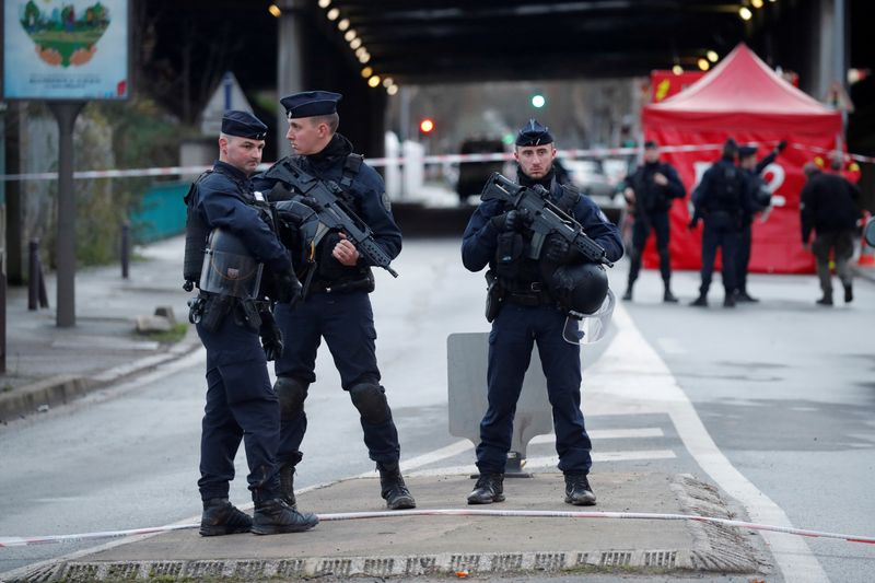 Paris knife attack to be treated as terrorist attack