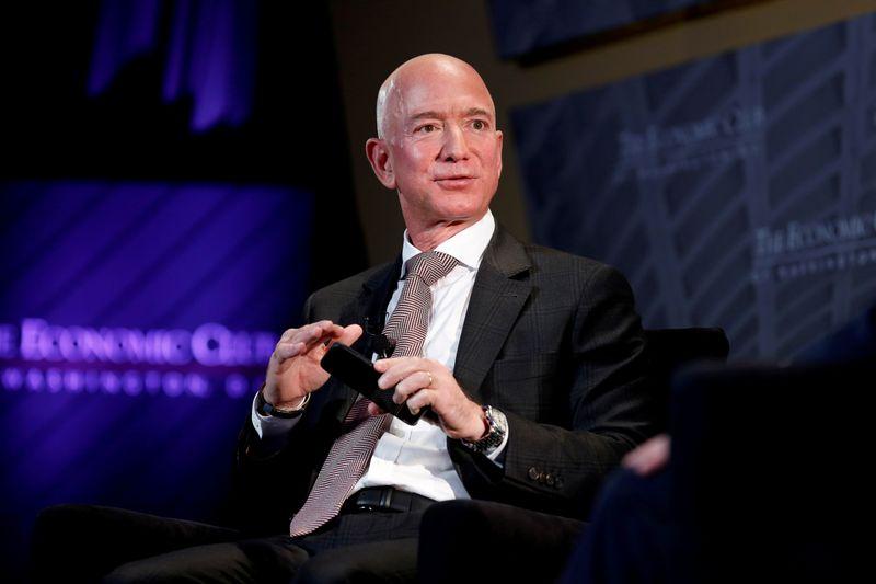 Lauren Sanchez's brother sues Bezos for defamation over leaking claim