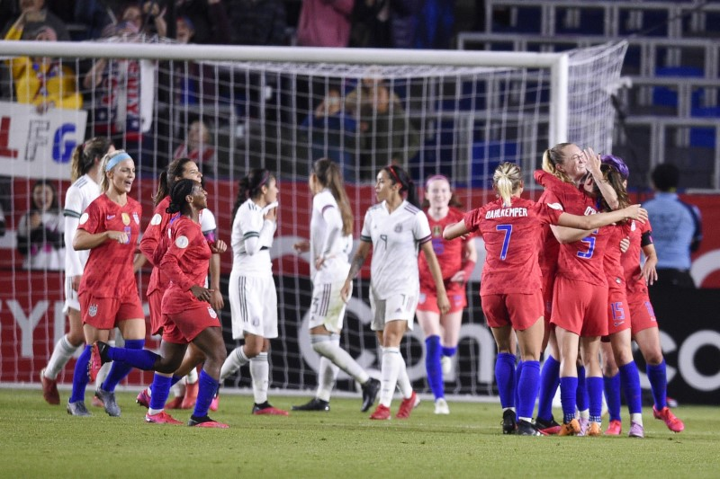 U.S. women beat Canada 3-0 in Olympic soccer qualifying final