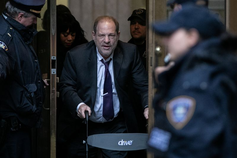 Harvey Weinstein rape trial: Memories can become distorted, defense expert says