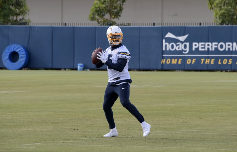 Chargers Open To Starting Tyrod Taylor At Quarterback