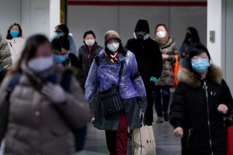 Coronavirus: China's Hubei bans vehicle traffic to curb spread of disease