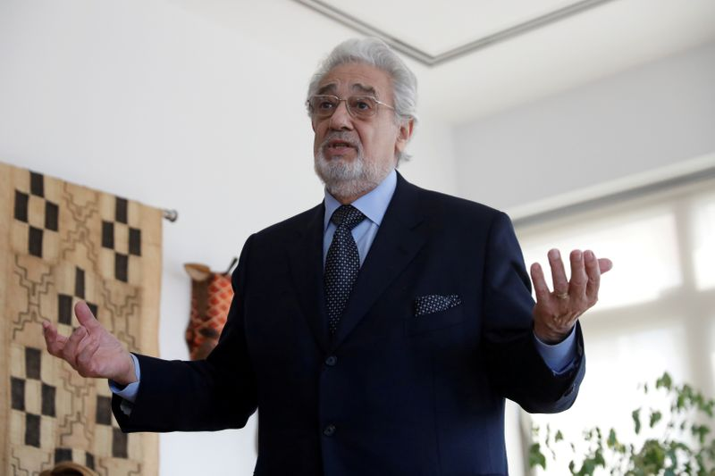 Opera icon Placido Domingo apologizes to sexual harassment accusers